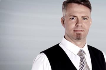 Dr. Hans Eibe Sörensen
